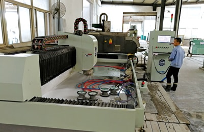 CNC cutting machine